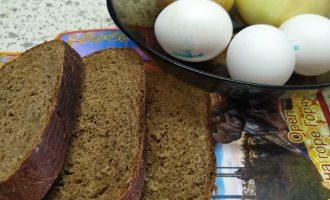 Гренки с луком на завтрак