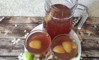 Вкусный компот из винограда и яблок домашний