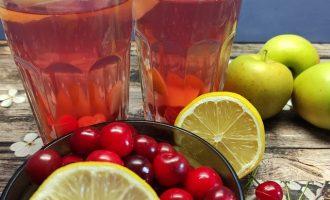 Рецепт компота из вишни с лимоном