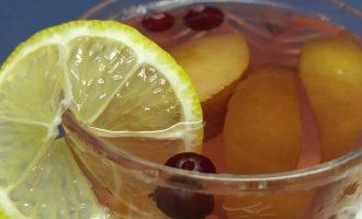 Пошаговый рецепт компота из свежих яблок с фото