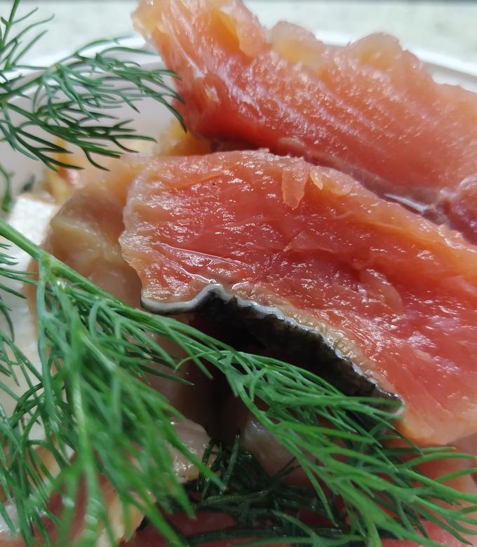 Вкусная домашняя малосольная красная рыба