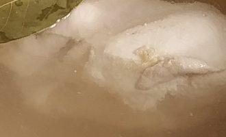 Вкусная окрошка на квасе с курицей