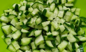 Рецепт окрошки на квасе пошагово