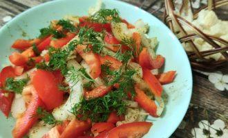 Пошаговый рецепт салата из лука и болгарского перца с фото и описанием