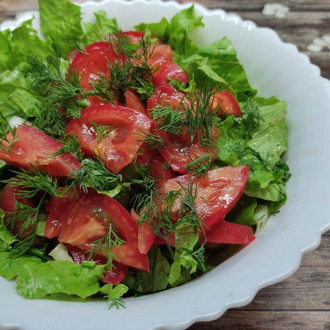 Салат из огурцов помидоров с маслом пошагово