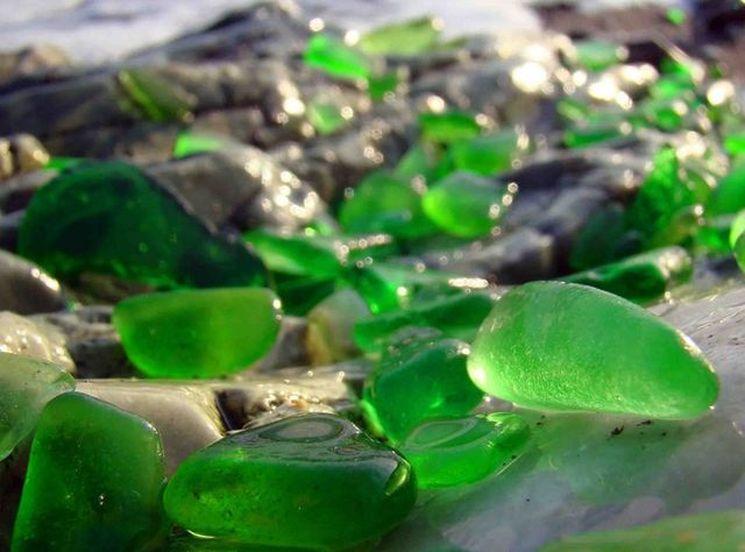 Стеклянный пляж в парке Маккерричер