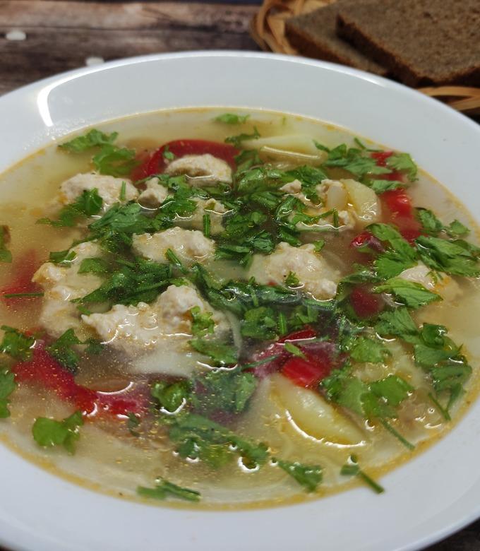 Готовим суп с куриными фрикадельками пошагово