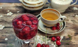 Пошаговый рецепт варенья из вишни с косточками