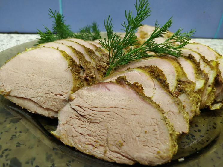 Запеченная свиная вырезка